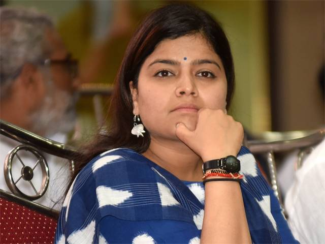 Poonam Mahajan replaces Anurag Thakur as new BJYM President