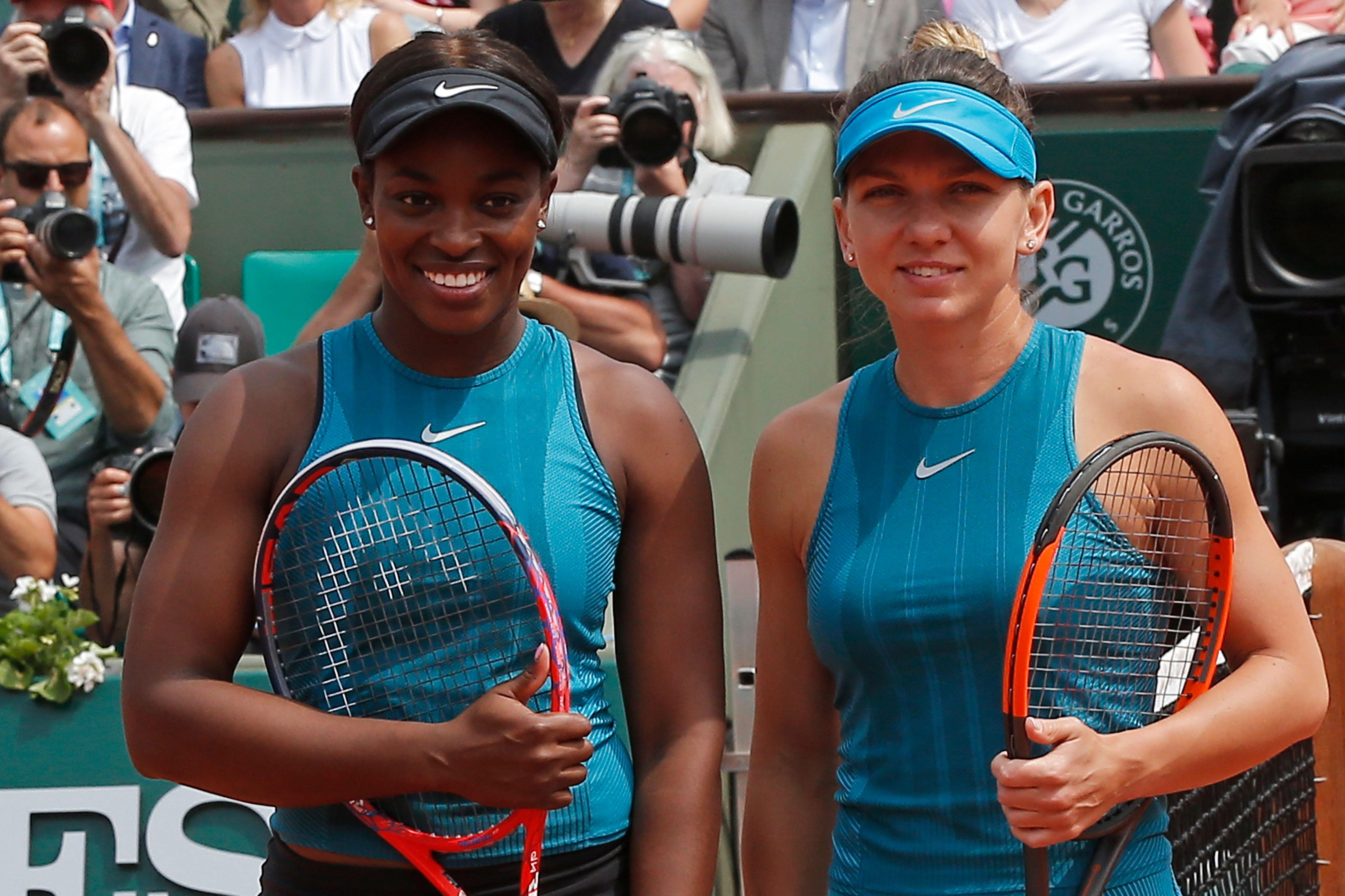 The Latest: Halep and Stephens face off in French Open final