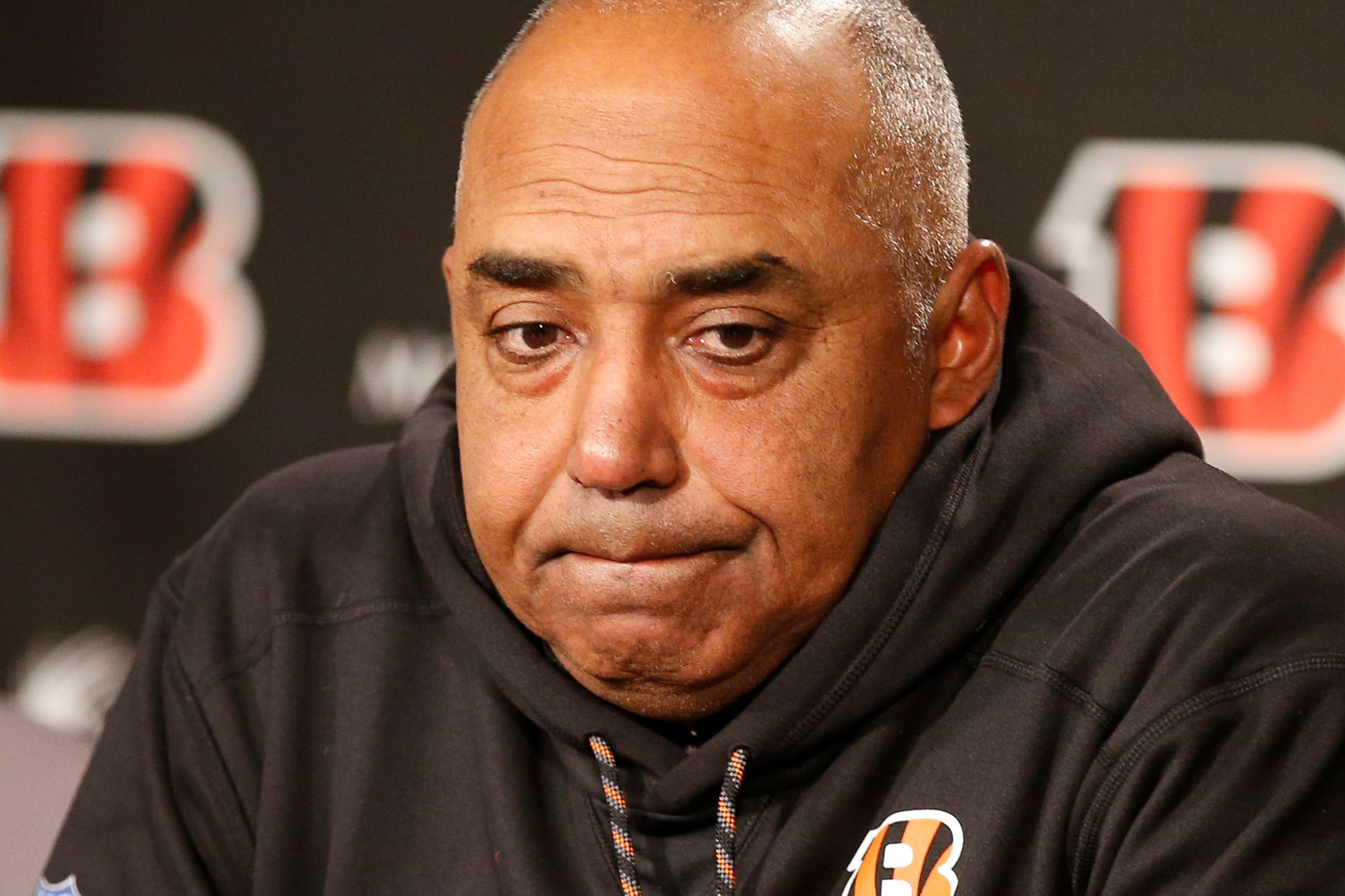 Bengals' coach Marvin Lewis still unsure of future with team