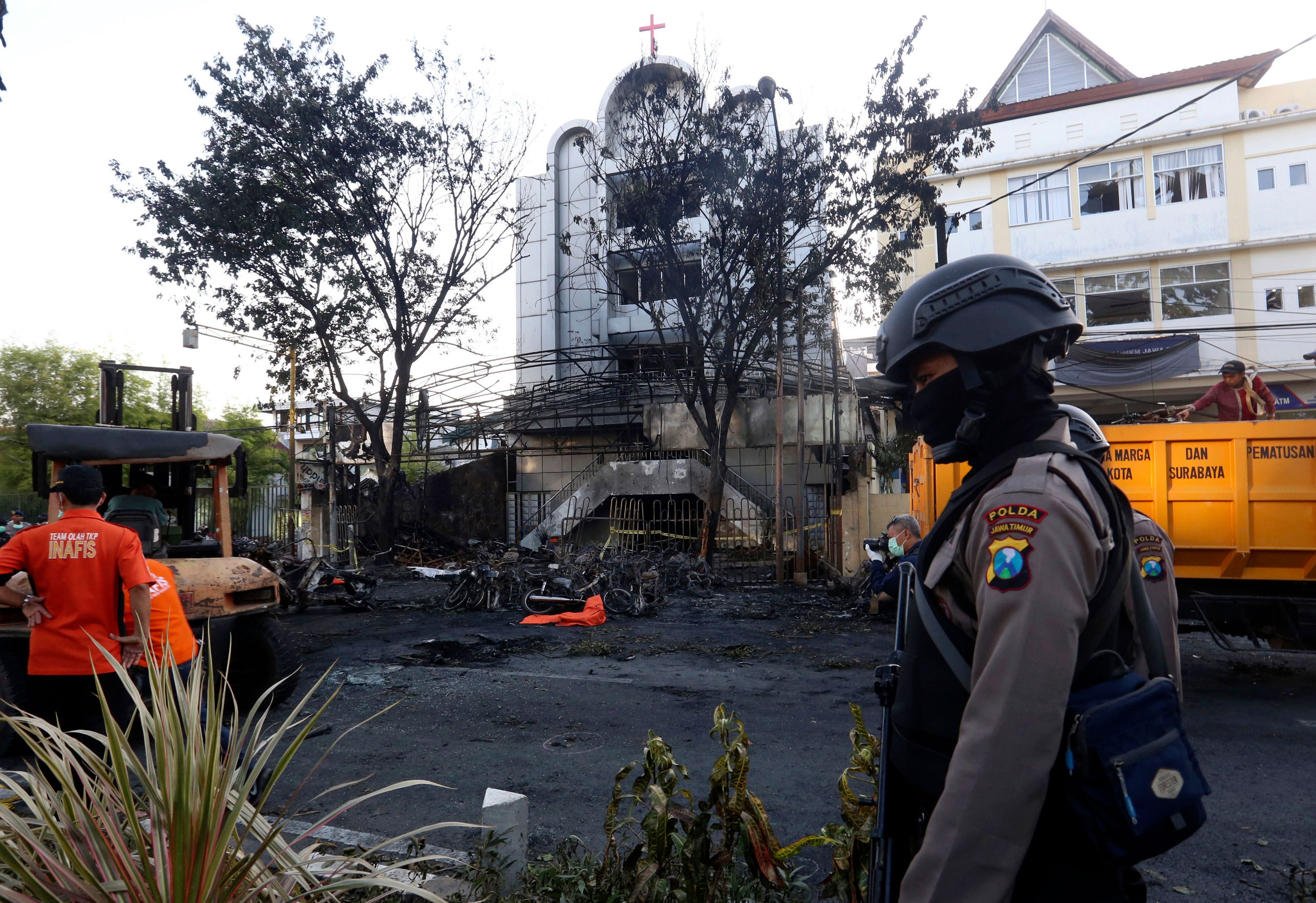 'Barbaric' Indonesia church bombings carried out by parents — and their four children