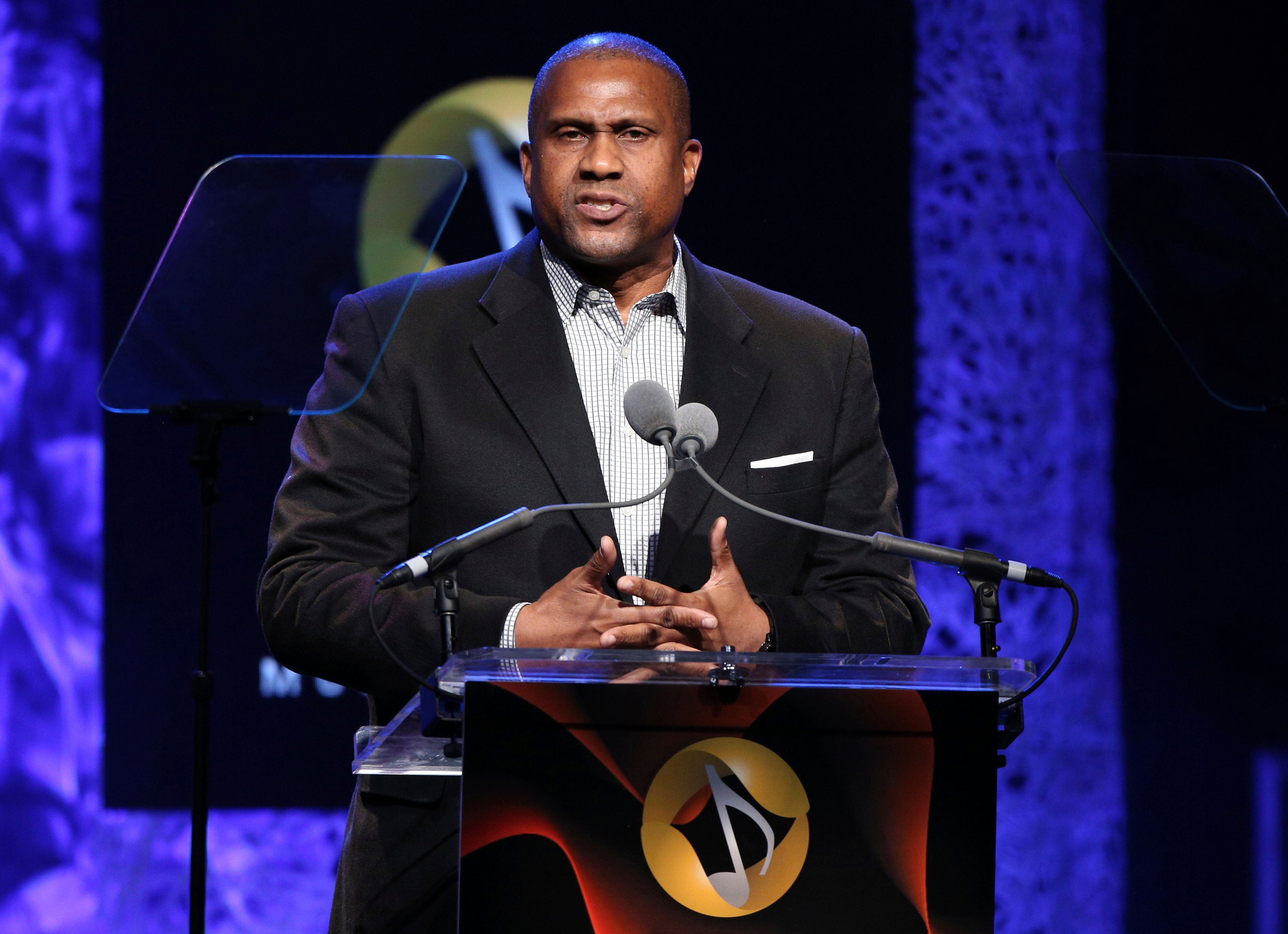Tavis Smiley's show dropped by PBS amid 'troubling allegations' of misconduct