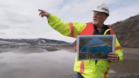 B.C. government to go ahead with Site C dam project