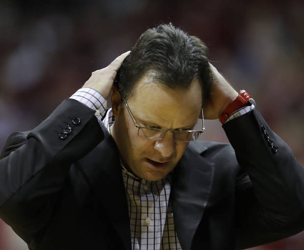 College basketball: Indiana fires coach Tom Crean