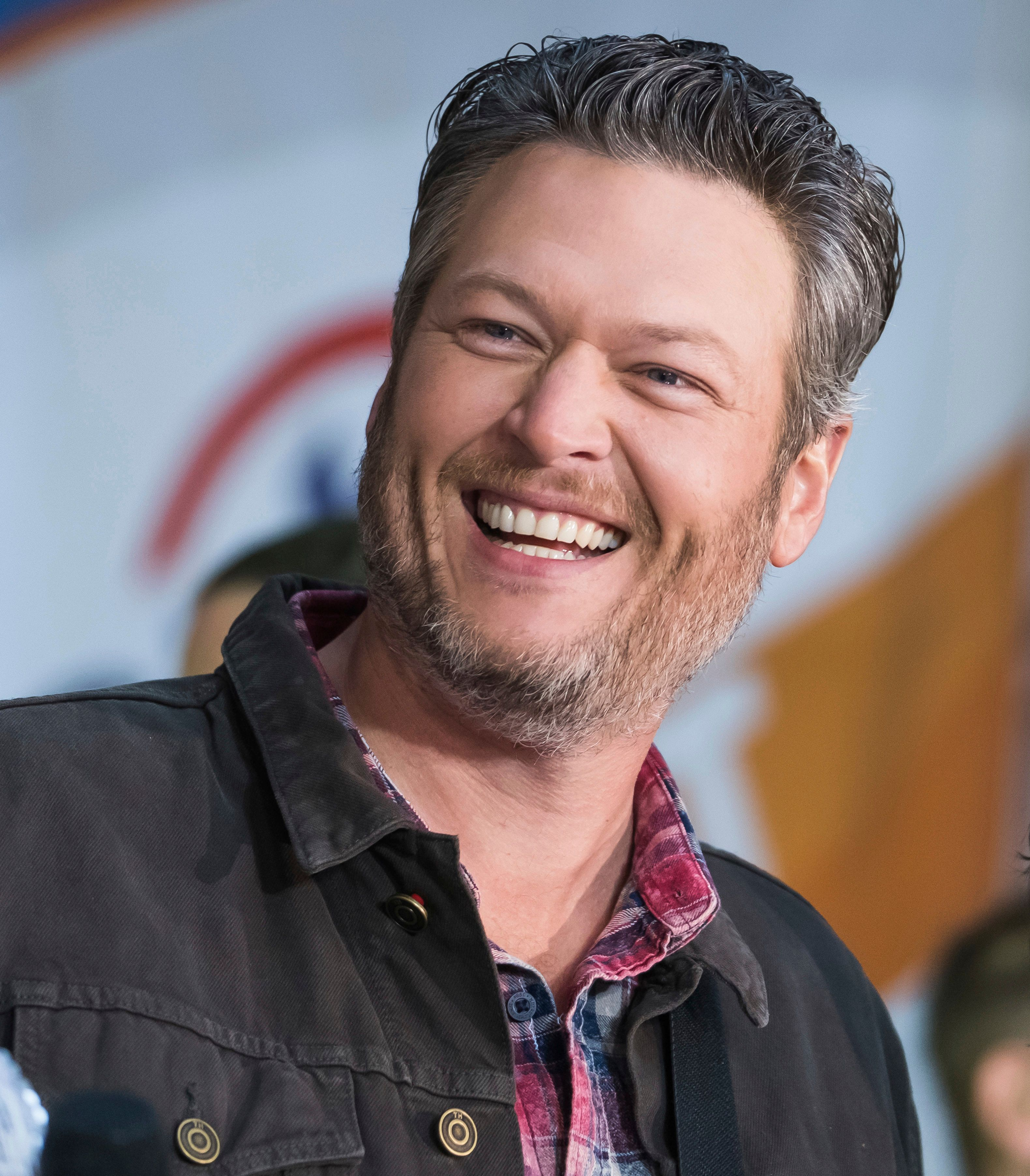 Blake Shelton? What? Twitter is unsure about 'People's Sexiest Man Alive'