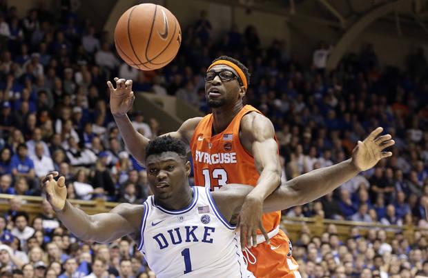 Men's College Basketball Roundup: Syracuse upsets top-ranked Duke