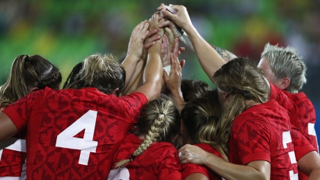 Women's rugby 7s semis showcasing the world's finest