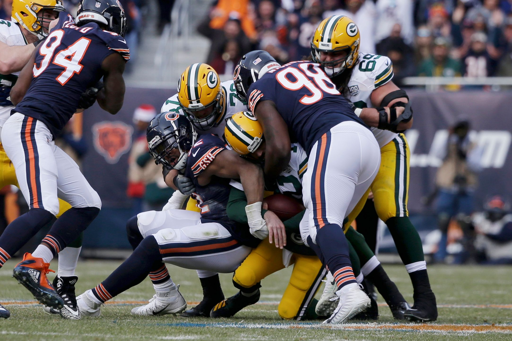 Bears go from worst to first, clinch NFC North with win over Packers