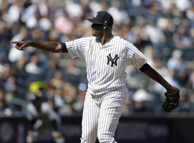 Pineda takes perfect game into 7th; Yanks beat Rays 8-1