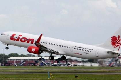 Jakarta plane crash: what happened to Lion Air's Boeing 737?