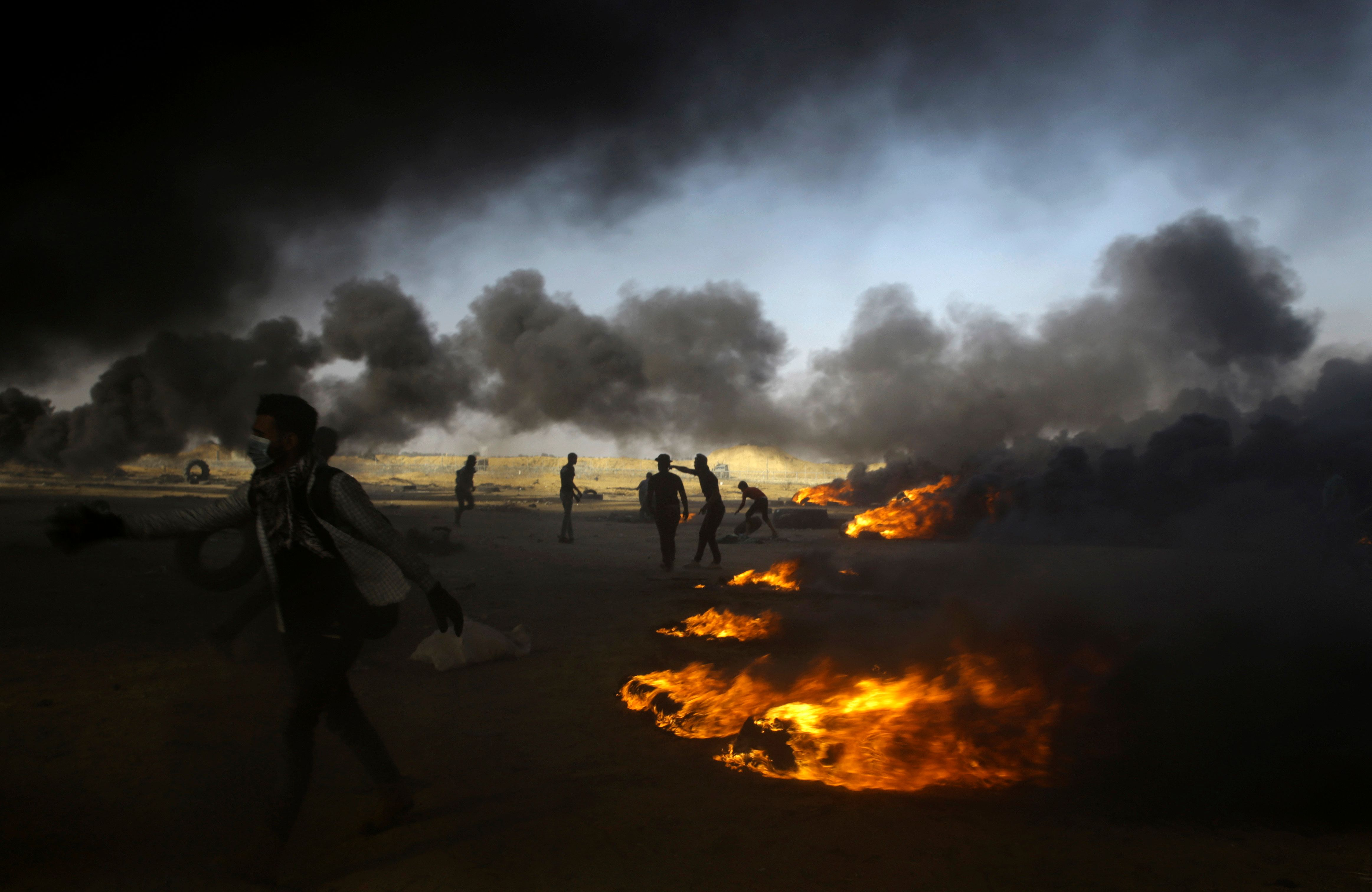 Israel says its planes bombed militant targets in Gaza