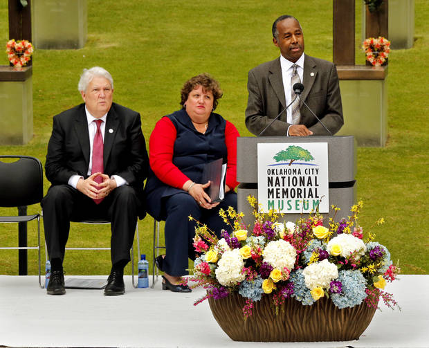 'The strength of America is our unity,' Ben Carson says at Oklahoma City bombing memorial