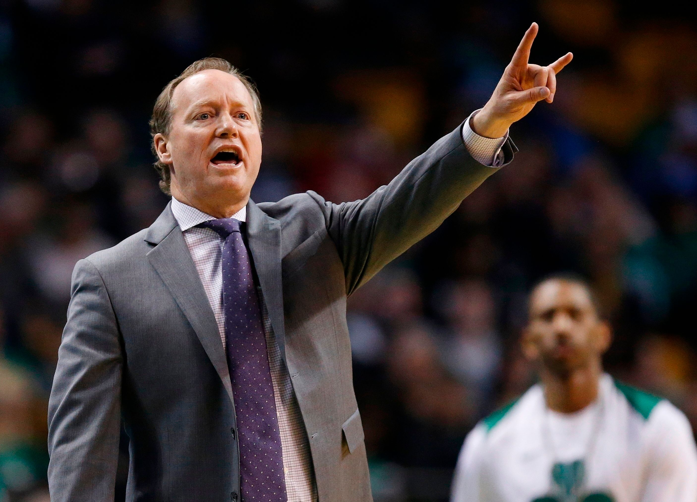 Bucks officially announce hiring of coach Mike Budenholzer