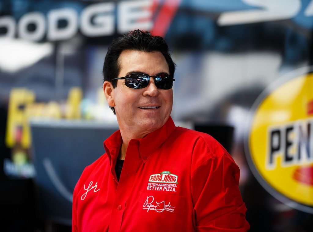 Papa John's can't remove John Schnatter from board right away