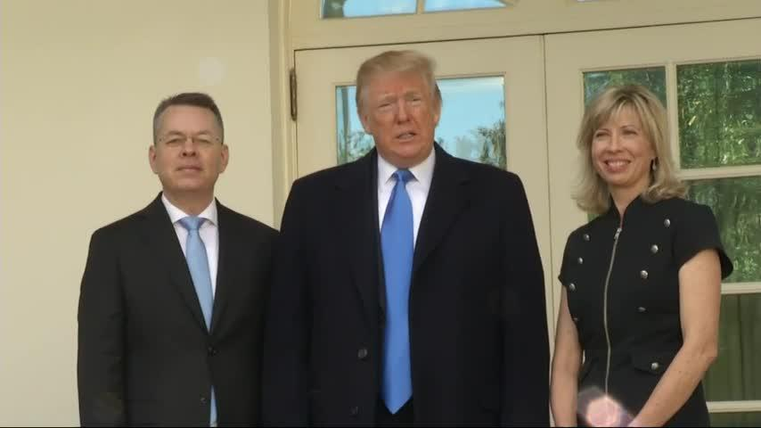Trump welcomes pastor Brunson to the White House