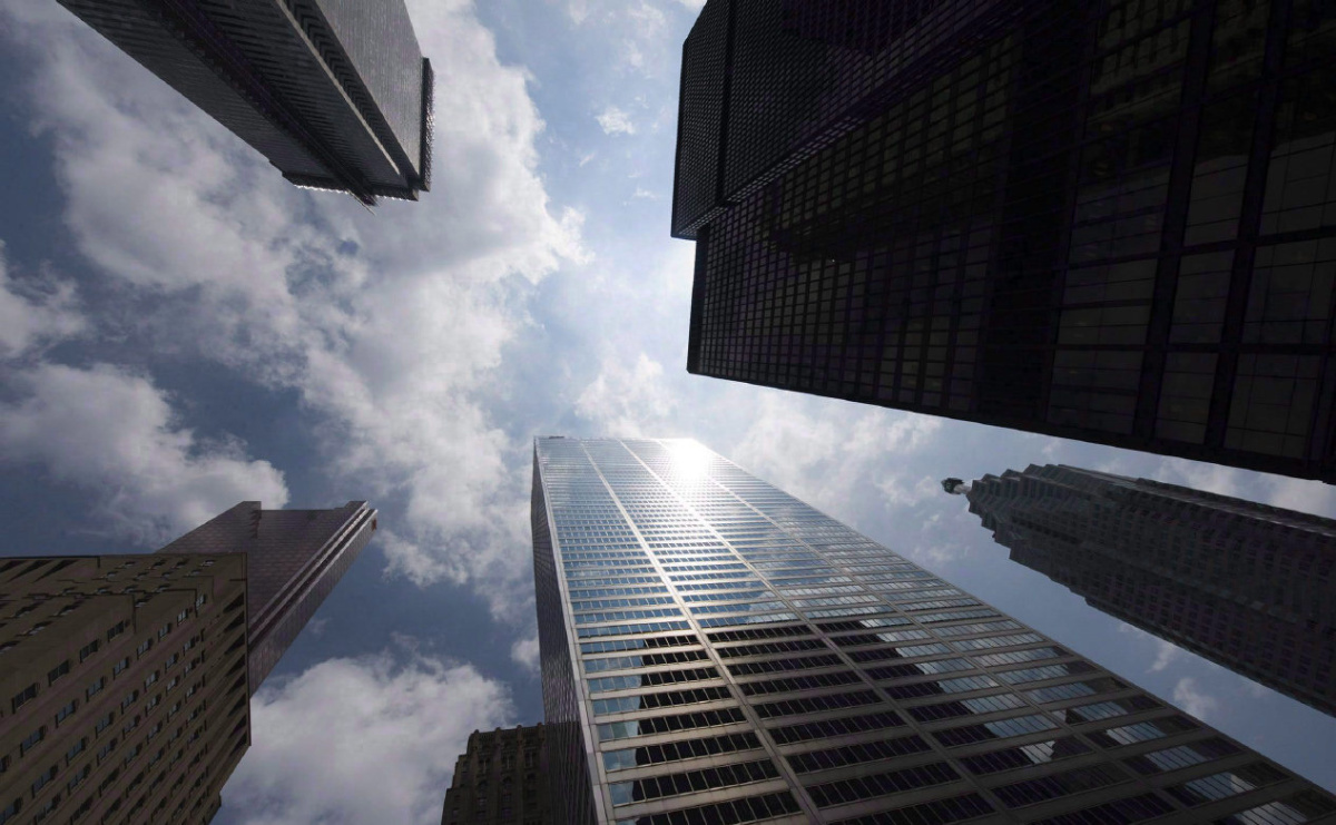Toronto stock index, loonie fall in broad-based retreat