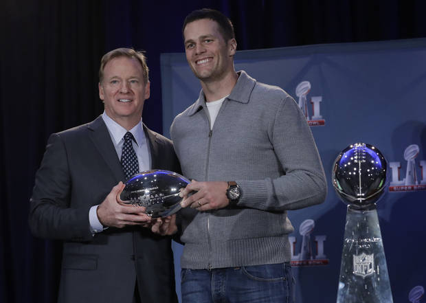 Brady gives credit to his mom, White for Super Bowl MVP win