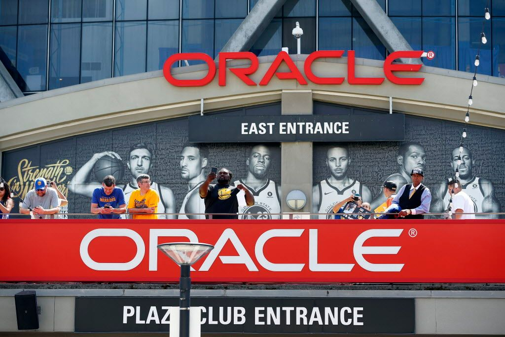 Man shot outside Oracle Arena after official Golden State Warriors watch party