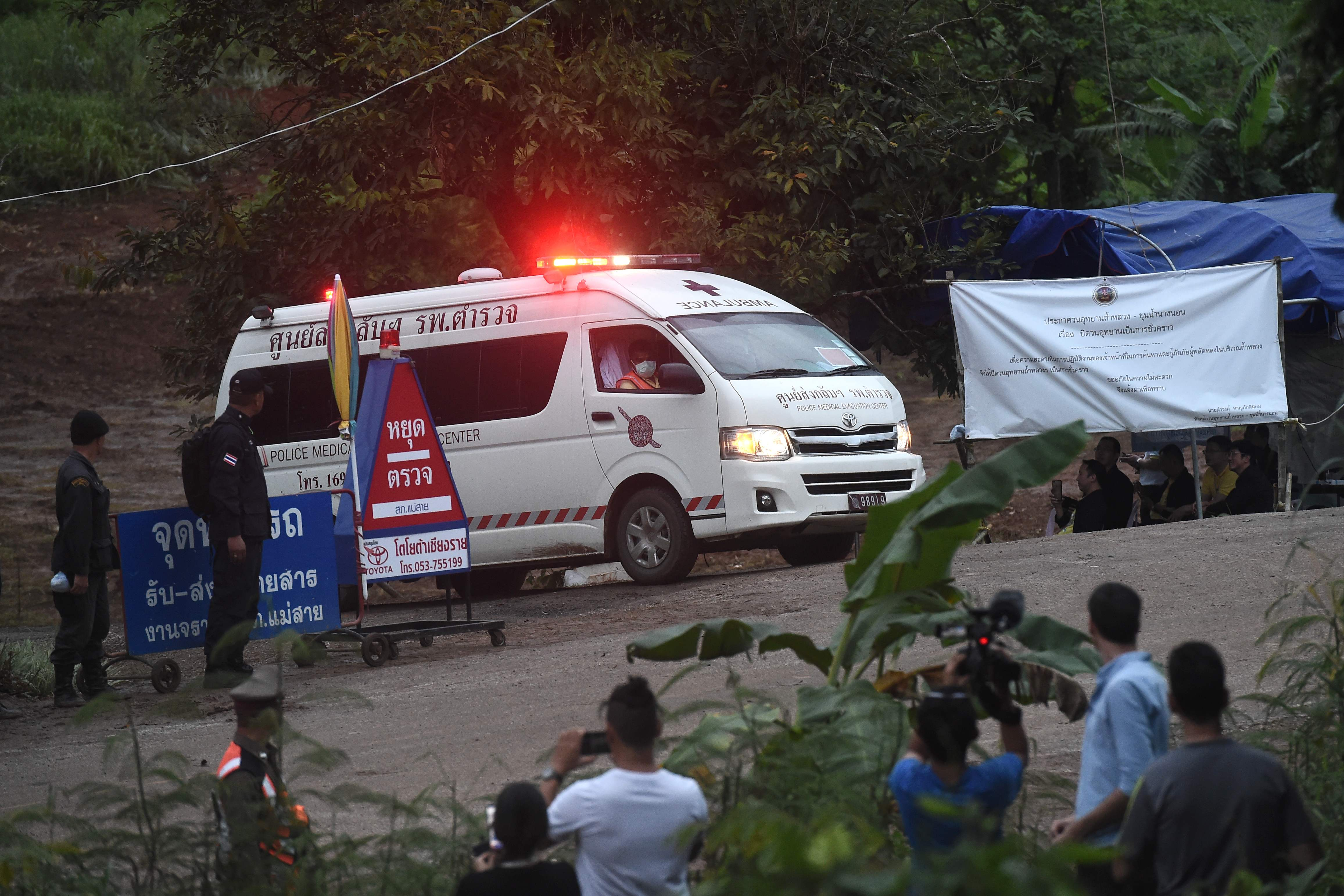 'Faster than expected': 4 boys emerge from Thailand cave in first phase of perilous rescue