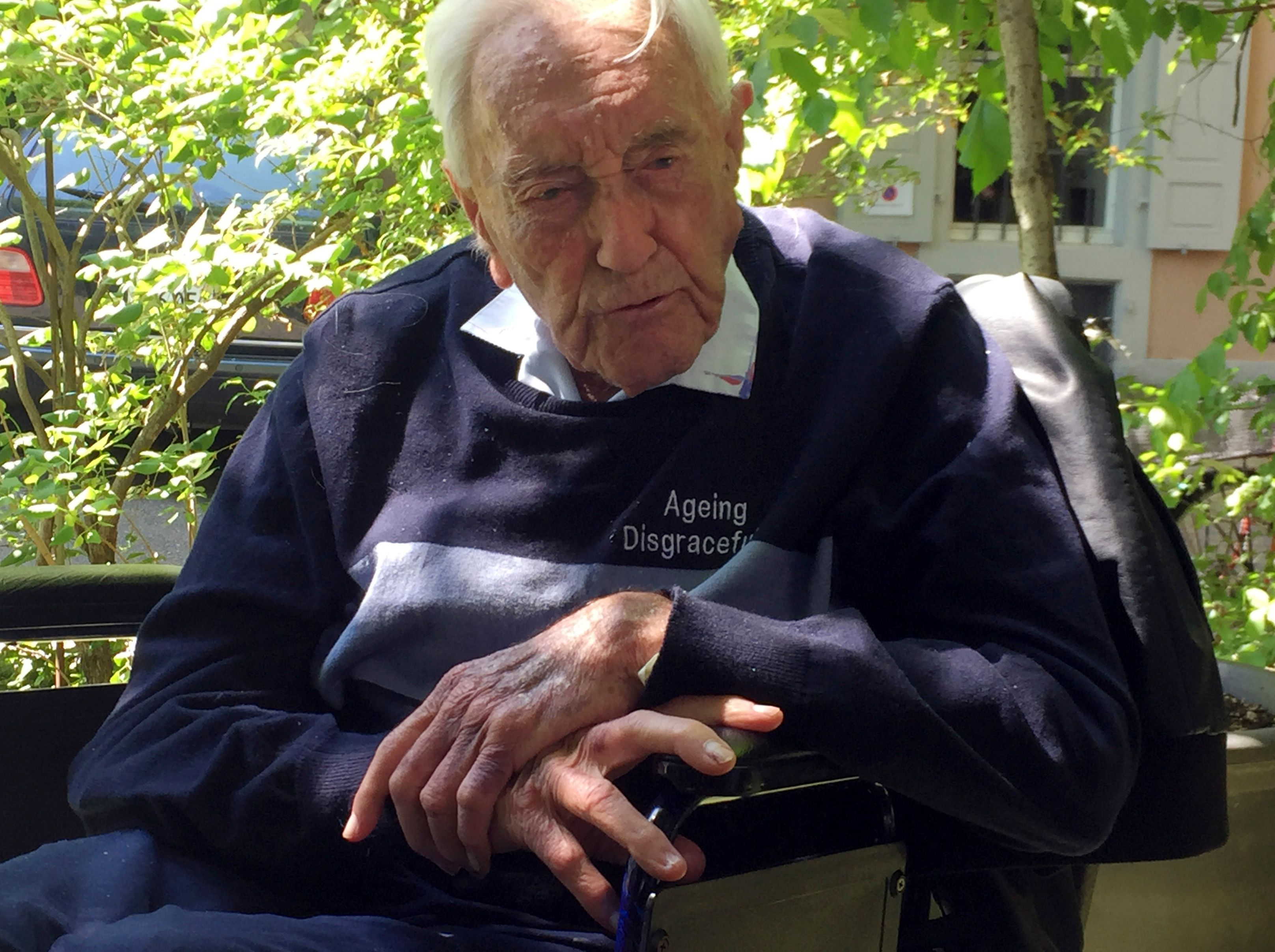 104-year-old Australian scientist heads to Switzerland to end his life
