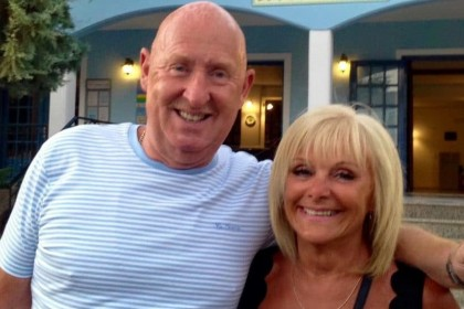 Thomas Cook evacuates holidaymakers from Egypt resort after British couple die