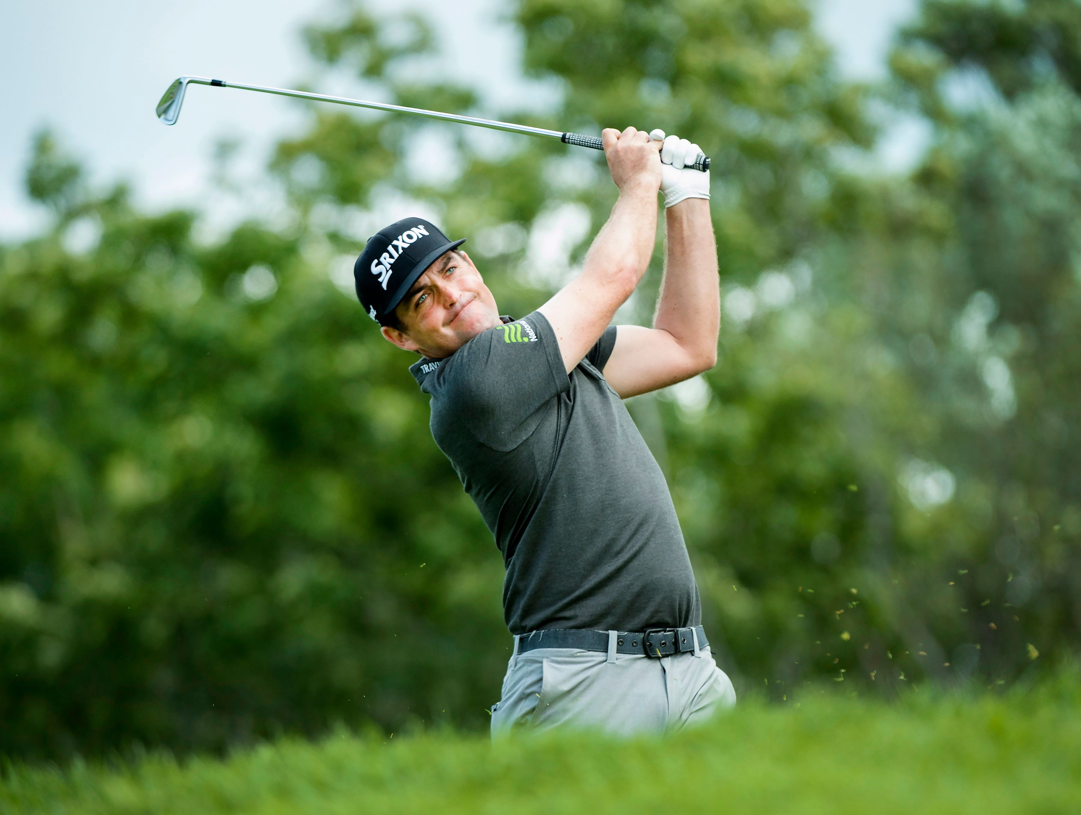 Top-ranked Dustin Johnson tied for Canadian Open lead