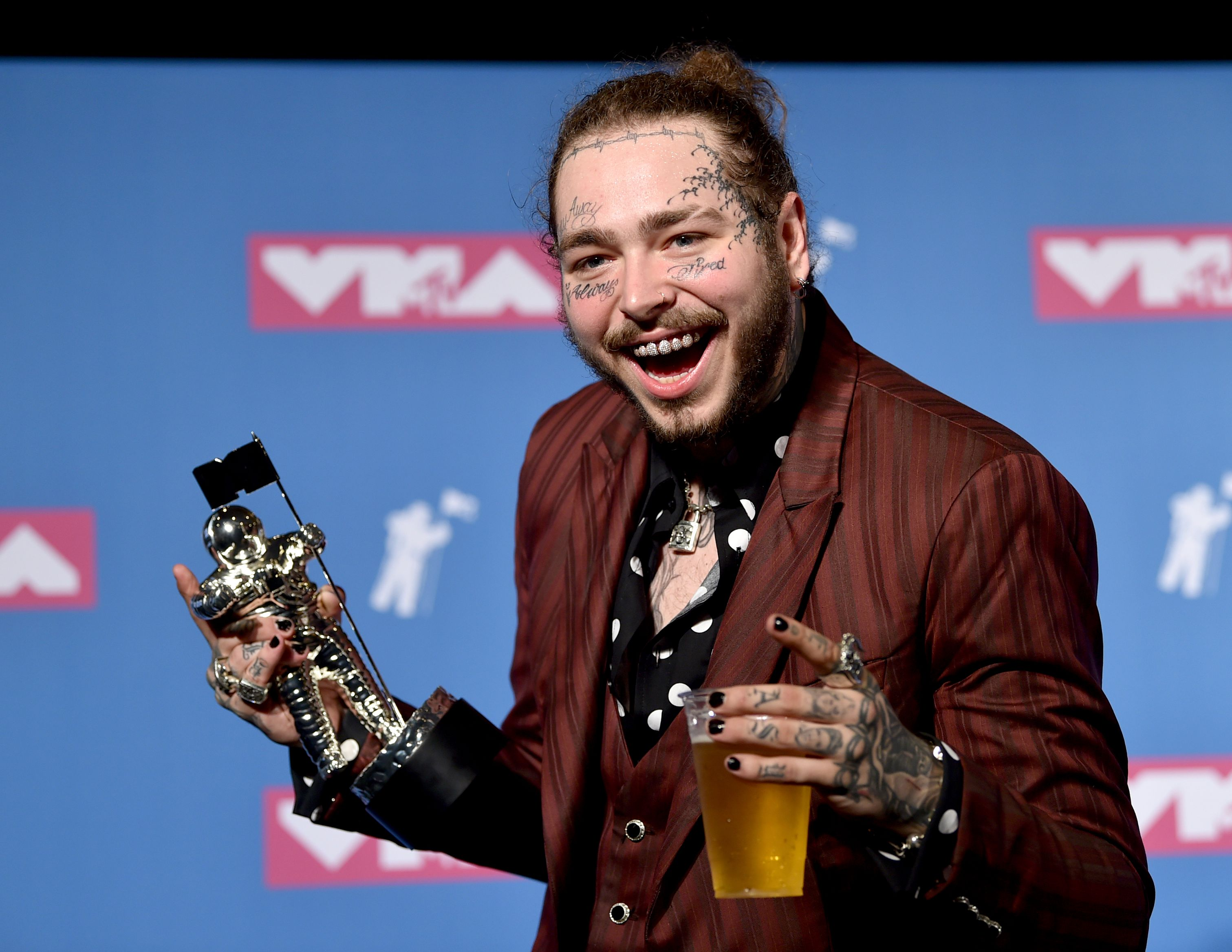 Post Malone says he's 'shook' after his plane makes emergency landing
