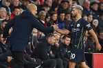 "Manchester City-Liverpool: Guardiola salue ""le talent spécial"" de Agüero"