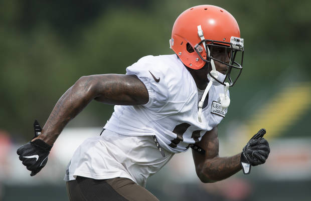 NFL Notebook: Browns rookie Callaway had bullets, gun parts in car