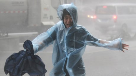 Typhoon lashes south China after killing 36 in Philippines