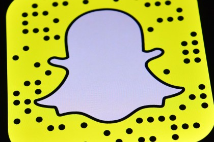 Snapchat 'to float on US stock market at record IPO'