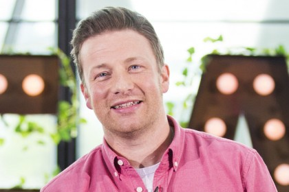 Jamie Oliver a 'hero' after 'tackling burglar to the ground' outside London home
