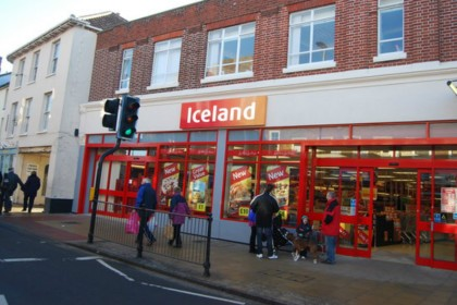Iceland (the country) sues Iceland (the supermarket) over name