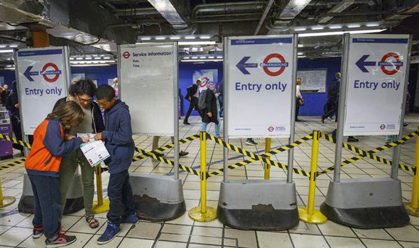 Tube drivers to be balloted for strikes on Piccadilly Line