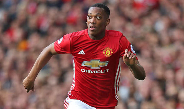 Manchester United fear star striker has become unsettled - reports