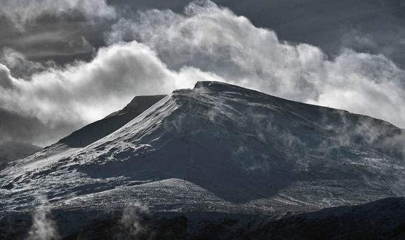 Warning after year of killer avalanches in Scotland