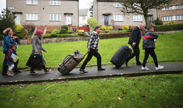 Registering all 3.3m EU migrants living in the UK is a 'FORMIDABLE' task, expert warns