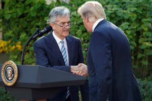 Trump`tan Powell itirafı