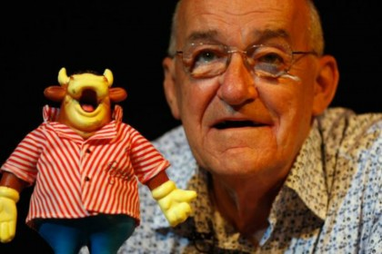 Jim Bowen: five little known facts about Bullseye host who has died aged 80