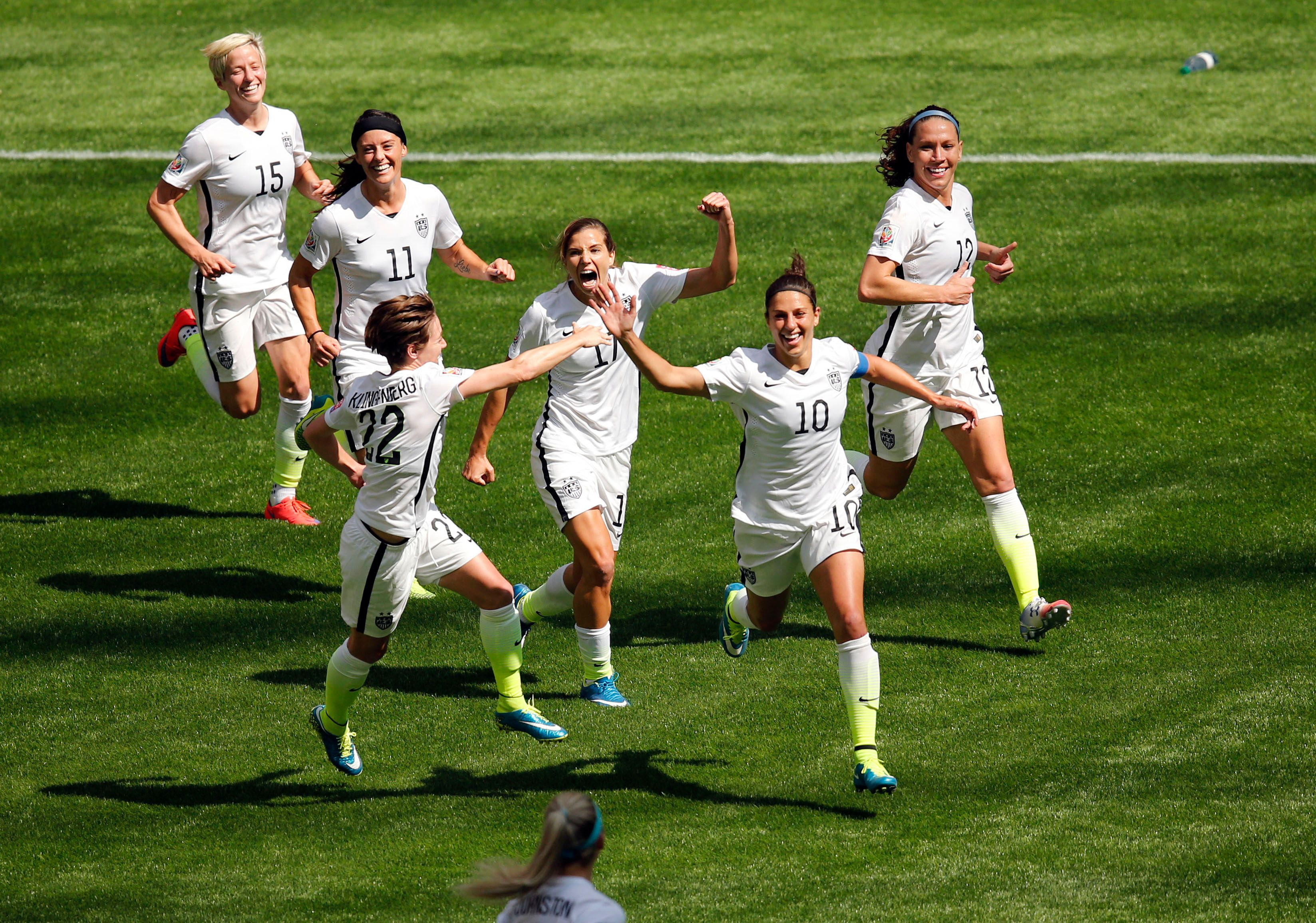 US women get easy draw for next summer's World Cup, facing Thailand, Chile and Sweden