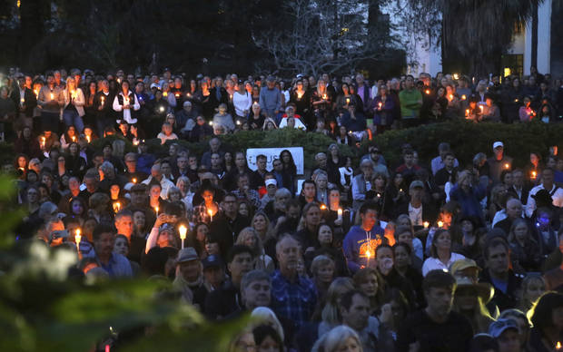Thousands attend vigil for California mudslide victims