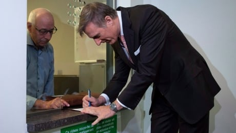 Maxime Bernier files to officially register the People's Party of Canada