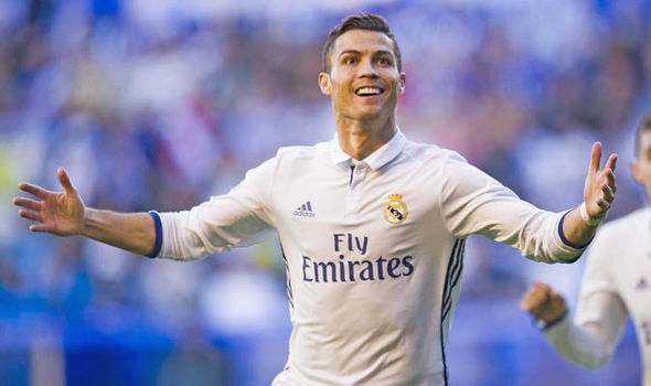 Real Madrid star Cristiano Ronaldo to sign new deal: Manchester United dream over