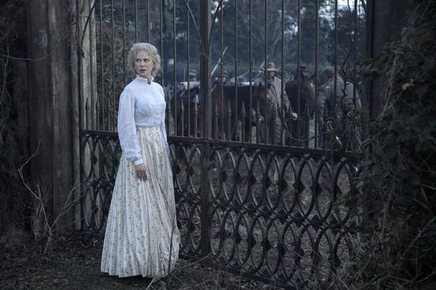 Review: Coppola's 'The Beguiled' disturbing and beautiful