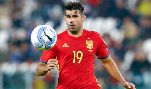 Spain boss reveals concerns over Chelsea star: He's hurting his reputation