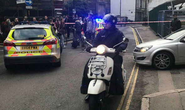 BREAKING: Central London street EVACUATED as police swarm on suspicious vehicle