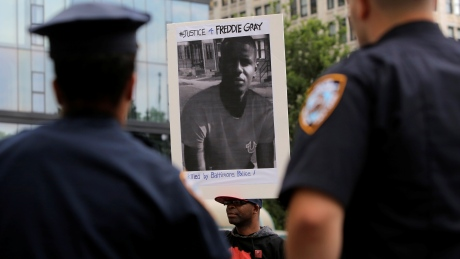 U.S. Department of Justice won't charge 6 officers in Freddie Gray's death