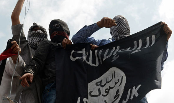 MI5 spy nearly BEHEADED in London by twisted Islamic State fighters