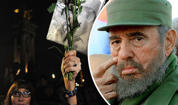 Fidel Castro: Thousands flood into Revolution Square to mourn death of former dictator