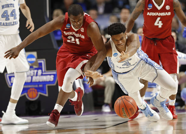 No. 1 seed North Carolina survives to beat Arkansas 72-65
