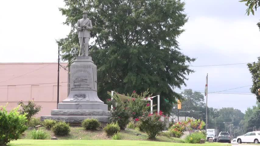 Ala. Confederate Statue Still Stands In Tuskegee